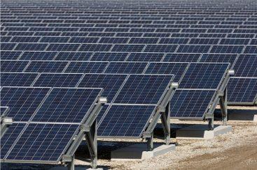Redmond Gary Australia Supplies Equipment for Karadoc Solar Farm